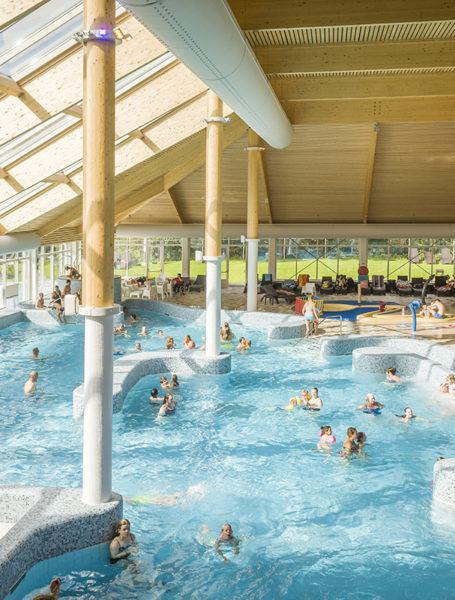 Selectie hooper for Zwembad uden