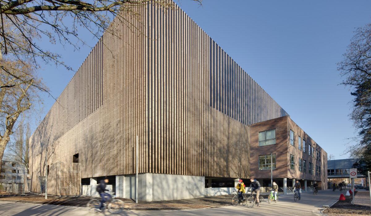 Pellikaan Bouwbedrijf; Topsporthal KU Leuven